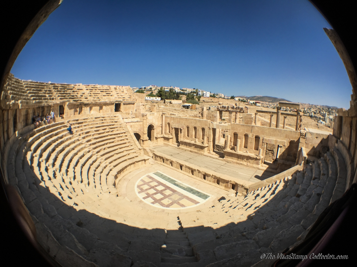 #travel #jordan #manmade #photography #travelphotography #romanempire #ruins #wanderlust #visastampcollector #globetrotter #travelblogger #traveller